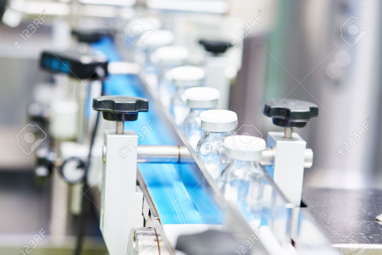 50038101-pharmaceutical-industry-production-line-machine-conveyor-with-glass-bottles-ampoules-at-factory-shal
